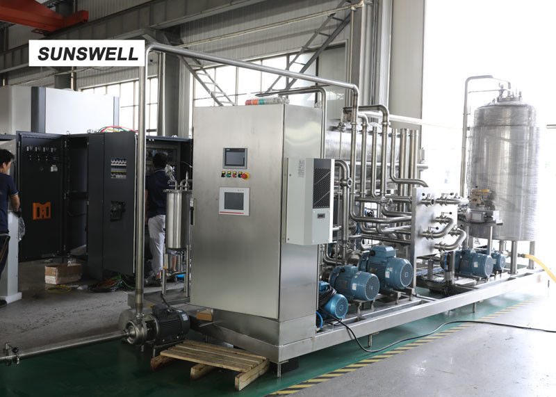 Continuous Syrup Control Not Cold Bottle Filling Machine  For Sparkling Beverage